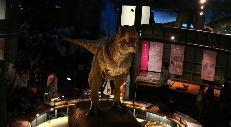 長期連休も恐竜博物館を快適に楽しむ旅程を提案