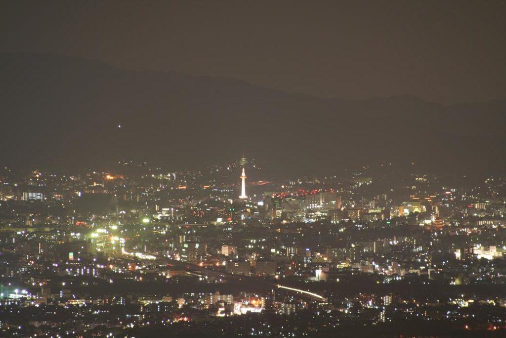 京都タワーの夜景