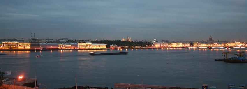 ホテルからのネヴァ川の眺め
