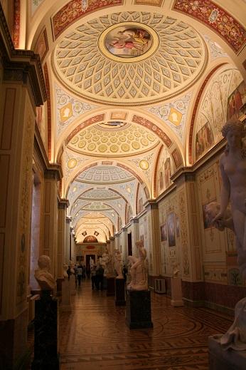 エルミタージュ美術館の管内